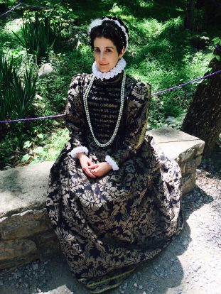 16th century dress, Darnley Gown